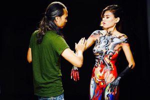 Người mẫu Kim Phượng: 'Mong công an sẽ cho Ngô Lực vẽ lại trên cơ thể tôi một lần nữa'