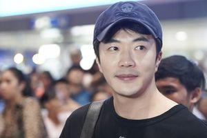 Kwon Sang-woo xuất hiện ở TP HCM lúc nửa đêm