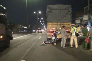 TPHCM: Va chạm với xe đầu kéo, 1 người tử vong