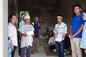 BTC Hoa Hậu Việt Nam thăm hỏi, hỗ trợ các gia đình nạn nhân bị lũ quét