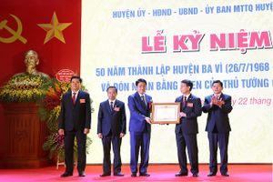 Chủ tịch Nguyễn Đức Chung: Ba Vì cần tập trung khai thác tiềm năng gắn với phát triển du lịch