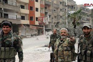 Quân đội Syria thắng lớn ở tỉnh Quneitra, phiến quân vội vã bàn giao xe và vũ khí