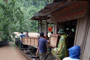 Lũ cuốn trôi hàng trăm máy phát điện ở Kỳ Sơn