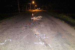 Truy tìm tài xế xe tải bỏ chạy sau khi tông chết người ở Vĩnh Long