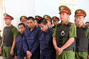 10 đối tượng gây rối trật tự công cộng ở Bình Thuận nhận 27 năm tù