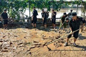 Mưa lũ khiến 60 người chết, mất tích và bị thương