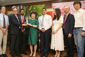 TH nhận 'cú đúp' giải thưởng doanh nghiệp trách nhiệm châu Á