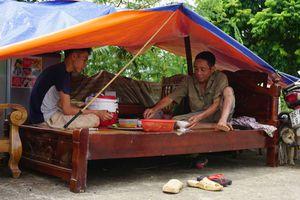 Cám cảnh cuộc sống vật vờ của người dân vùng lũ Thanh Hóa