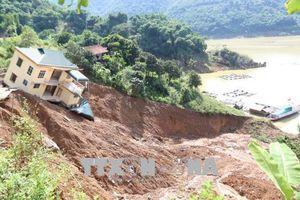 Tích cực khắc phục hậu quả mưa lũ, chủ động ứng phó với áp thấp nhiệt đới