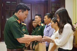Cục Chính trị, Bộ Tổng Tham mưu tặng quà đoàn viên công đoàn