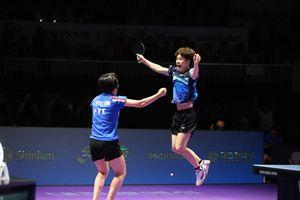 Tổng thống Hàn Quốc chúc mừng cặp đôi liên Triều giành HCV bóng bàn