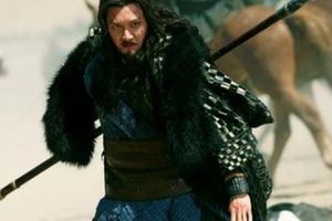 Vì sao Hạng Vũ tài danh lẫy lừng thảm bại dưới tay Lưu Bang 'ít học'?