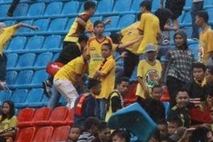 Đội nhà thua trận, CĐV Indonesia phá sân tổ chức ASIAD