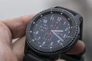 Galaxy Watch bất ngờ lộ diện trên website Samsung