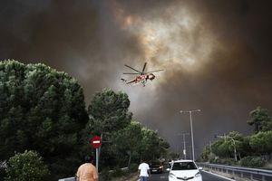 Cháy rừng tại thủ đô Athens của Hy Lạp khiến 20 người thiệt mạng