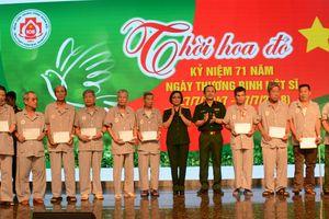 Bệnh viện Trung ương Quân đội 108 tổ chức chương trình nghệ thuật 'Thời hoa đỏ'