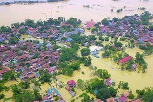Hà Nội: Cả nghìn nhân khẩu ở Chương Mỹ vẫn chịu cảnh ngập trong biển nước
