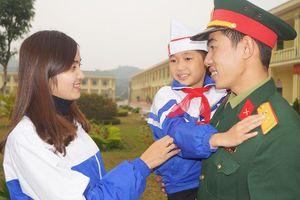 Sĩ quan trẻ 'đối mặt' cơ chế thị trường