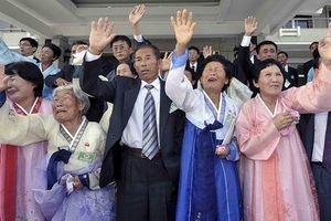 Hai miền Triều Tiên trao đổi kết quả tìm kiếm các gia đình ly tán