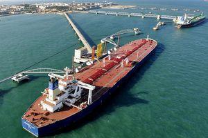 Căng thẳng Mỹ - Iran đẩy giá dầu tăng mạnh