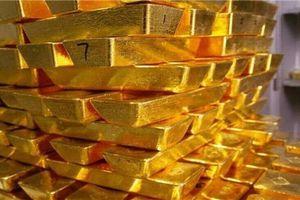 Giá vàng hôm nay 25/7: Hưởng lợi từ sự suy yếu của đồng USD