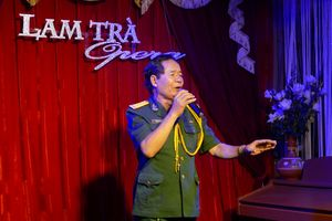 Lam Trà Opera: Hào hùng và xúc động 'Đồng đội ơi'