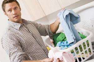 Đàn ông hiện đại, ngại gì giặt giũ?