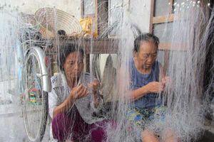'Làng ngậm chì' ở Huế