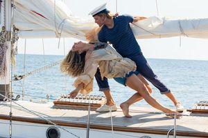 Mamma Mia tái xuất hút hồn công chúng Việt
