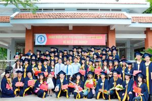 Trường ĐH Đồng Tháp trao bằng tốt nghiệp cho 1.724 tân cử nhân, kỹ sư