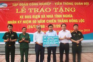 Viettel trao tặng quà dịp kỷ niệm 50 năm chiến thắng Đồng Lộc