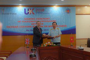 Tổng cục Hải quan và cơ quan Bảo vệ Biên giới Anh ký kết Ý định thư