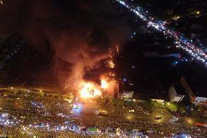 Cháy chợ Gạo - Hưng Yên: Hiện trường tan hoang, tiểu thương mót của trong đống đổ nát