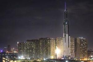 Chiêm ngưỡng vũ điệu ánh sáng tại Tòa nhà cao nhất VN