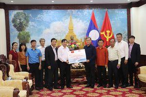 Bộ Nông nghiệp ủng hộ Lào 300 triệu đồng khắc phục hậu quả sự cố vỡ đập thủy điện