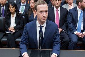Mark Zuckerberg sẽ bị 'phế truất' ghế Chủ tịch Facebook?