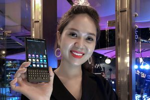 Smartphone BlackBerry KEY2 ra mắt thị trường Việt giá 17 triệu đồng