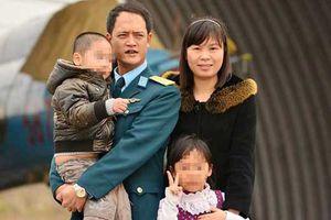 Vụ rơi máy bay Su-22: Người phi công trụ cột gia đình ra đi trong thương tiếc