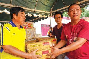 Vụ vỡ đập thủy điện: Người Việt sẻ chia nỗi đau với dân Lào