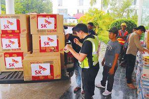 Cứu hộ người bị nạn trong vụ vỡ đập thủy điện tại Lào