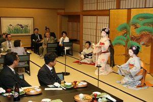 Giải mã bí mật khó tin về geisha Nhật Bản
