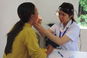 Hà Nội: Khám bệnh phát thuốc miễn phí cho 1.200 đồng bào dân tộc thiểu số