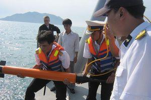Làm chủ trang bị công nghệ phục vụ nghiên cứu biển