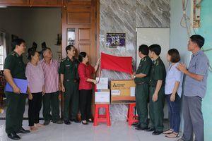 BĐBP TP Hồ Chí Minh trao tặng 'Mái ấm chiến sĩ nơi biên giới'