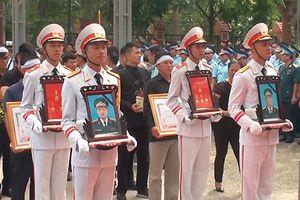 Vụ máy bay rơi ở Nghệ An: Đưa di cốt hai liệt sĩ về quê nhà