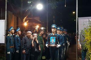 Quê nhà đau xót đón liệt sĩ phi công Phạm Giang Nam