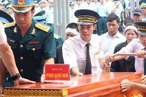 Bố Đại tá Phạm Giang Nam tự hào con theo nghiệp cha