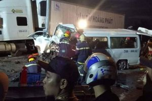 13 người tử vong trong vụ va chạm giữa xe rước dâu và xe container