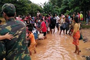 Chạy đua với thời gian để cứu người trong vụ vỡ đập tại Lào