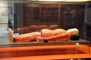 Bí ẩn ngàn năm về kho báu ngọc bích của Triệu Đà